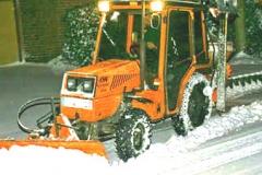winterdienst-bei-nacht